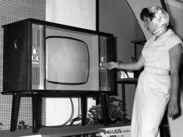 نشأة التلفزيونوانتشاره في النصف الأول من القرنالعشرين