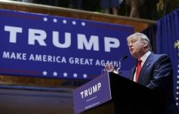 رئاسة دونالد ترامب: اليمين المترنّح ونهاية الاستثناءالأمريكي